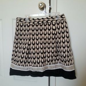 Black and Cream skirt. Ann Taylor Petites.
